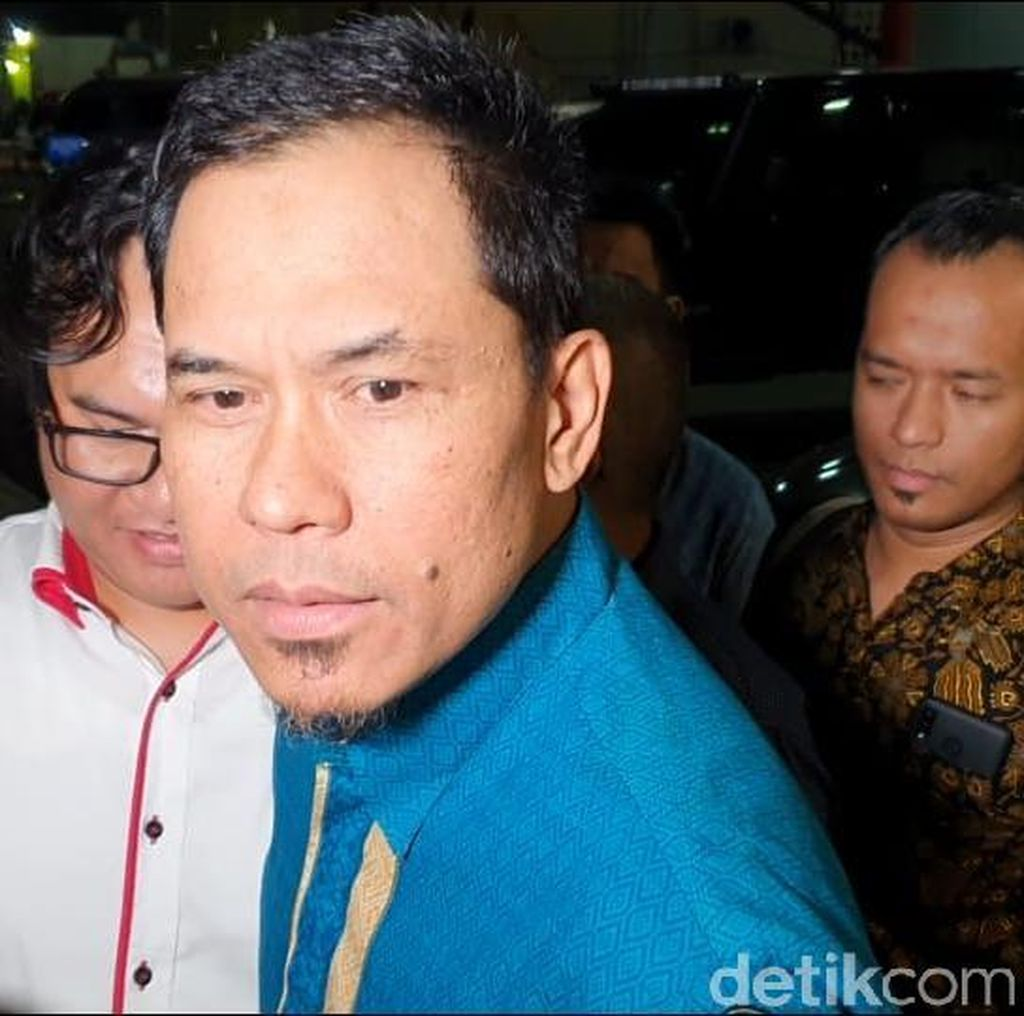 Usai Diperiksa, Munarman Tegaskan Tak Tahu soal Penganiayaan Ninoy Karundeng