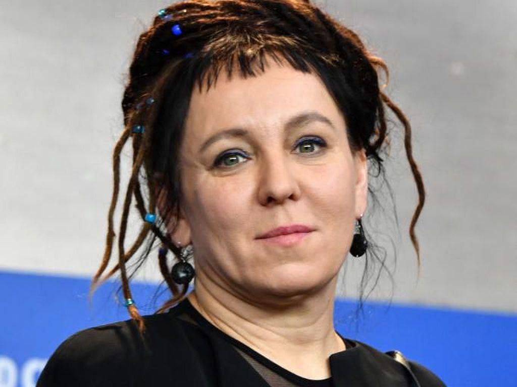 Olga Tokarczuk Dirikan Yayasan Literasi dan HAM dari Hadiah Nobel Sastra