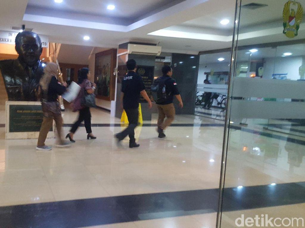 Wiranto Ditusuk, LPSK Sambangi RSPAD Gatot Soebroto