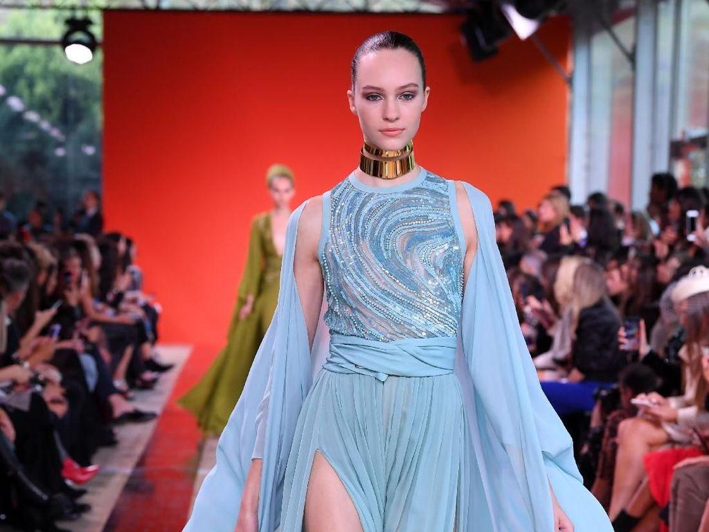 Foto: 15 Gaun Indah Elie Saab untuk Musim Semi 2020