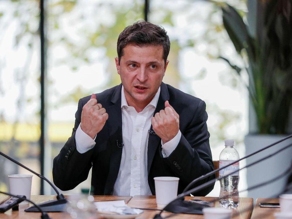 Presiden Ukraina Tegaskan Trump Tidak Coba Memerasnya via Telepon