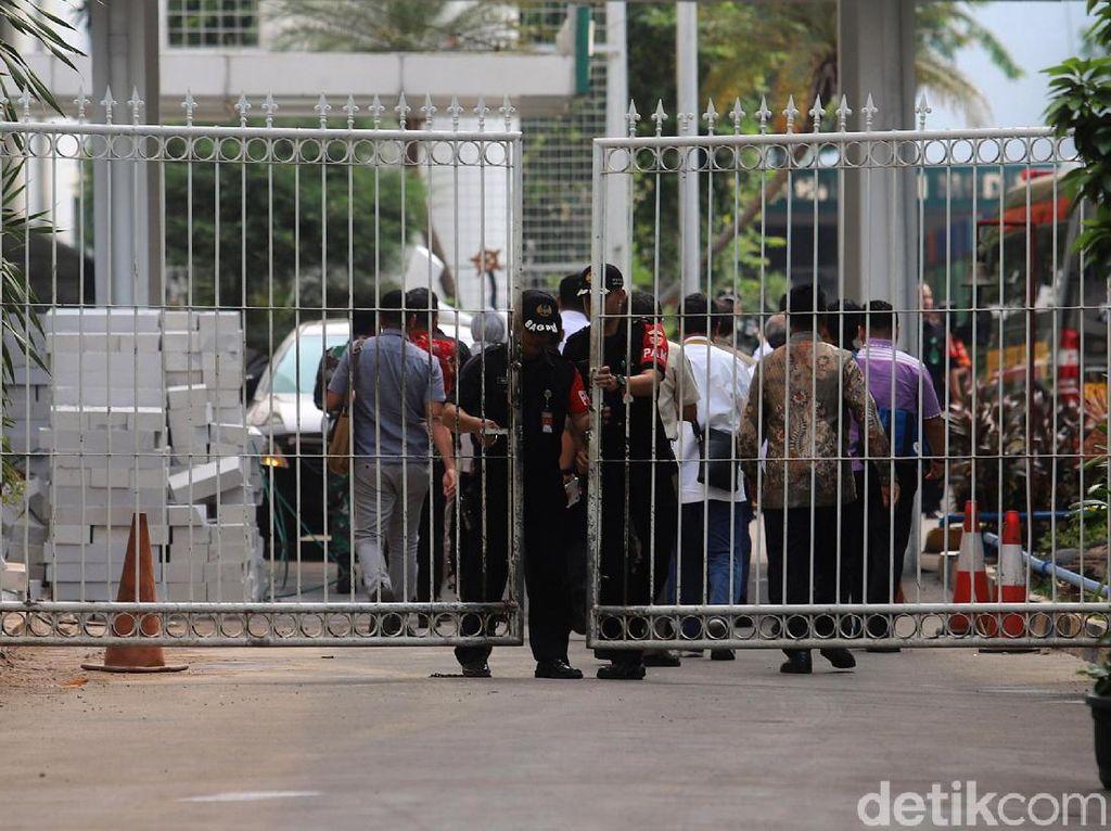 Suasana Terkini di RSPAD Gatsu Setelah Wiranto Tiba