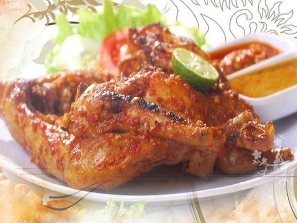 Tambah Semangat dengan Pedas Enak Ayam Taliwang di 5 Tempat Ini