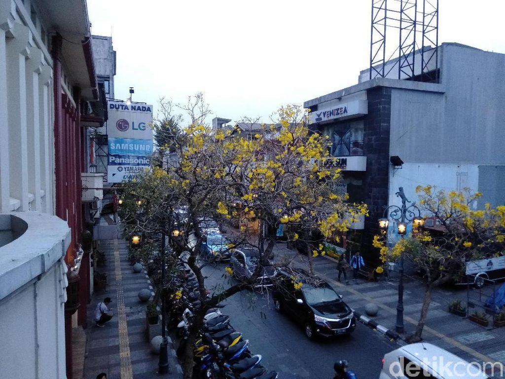 Pemkot Bandung Kaji Jalan Braga Bebas Parkir