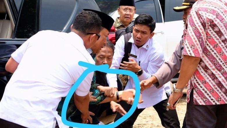 Diserang Pria Berpisau, Wiranto Terluka di Perut