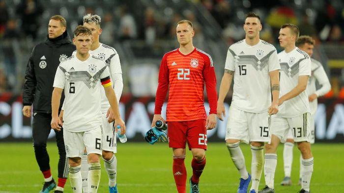 Joachim Loew kecewa jerman membuang keunggulan dua gol saat ditahan imbang Argentina 2-2 (Foto: REUTERS/Leon Kuegeler)