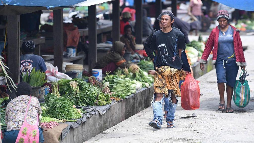 Pasar Tradisional Kembali Bergeliat Pascarusuh di Wamena