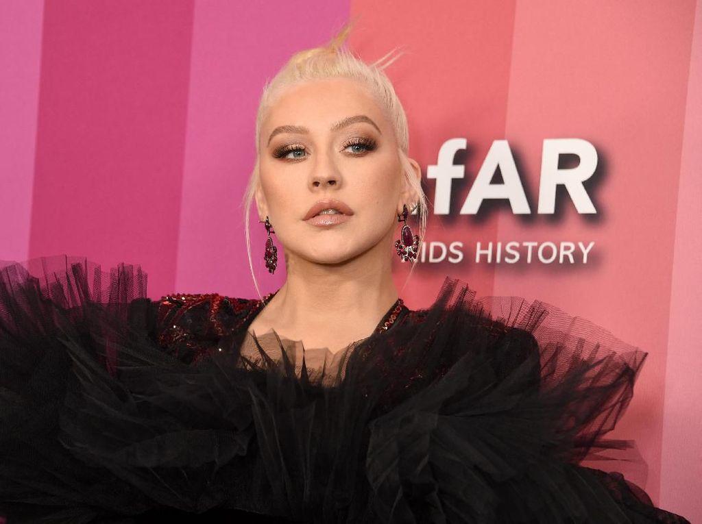 22 Tahun Berlalu, Christina Aguilera Kembali ke Mulan Lewat Lagu Baru
