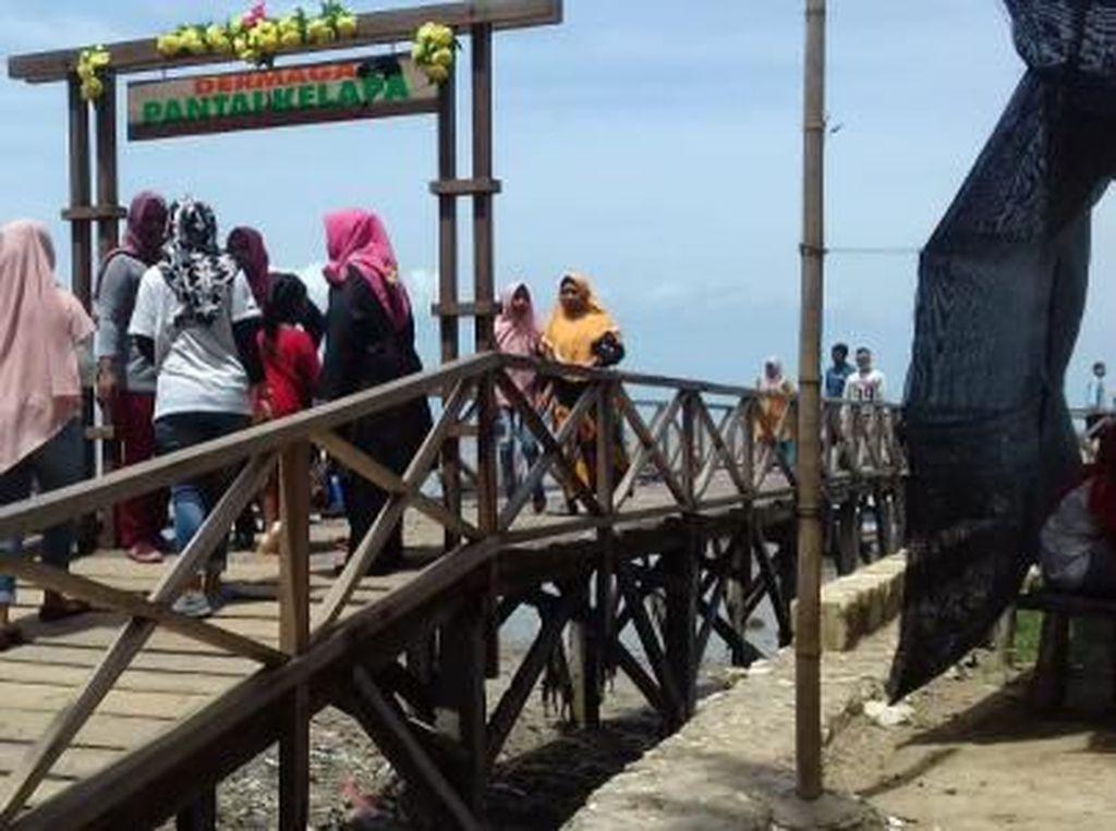 Pantai Kelapa di Tuban, Ini Fakta-fakta Menariknya