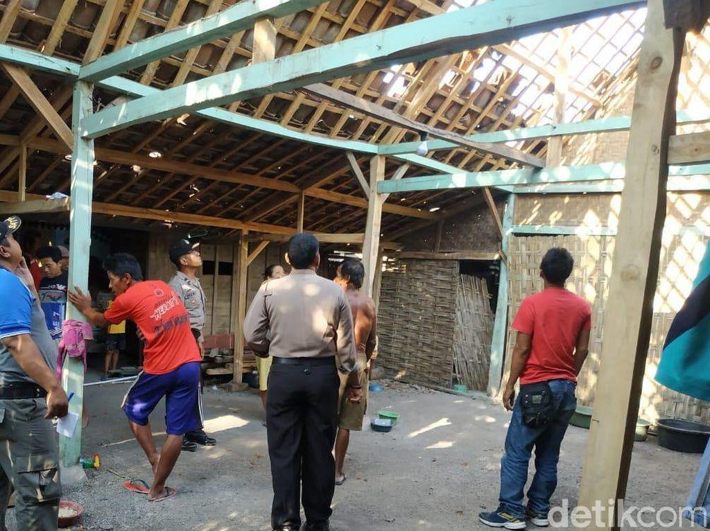 Atap 4 Rumah di Bojonegoro Melayang Diterbangkan Puting Beliung