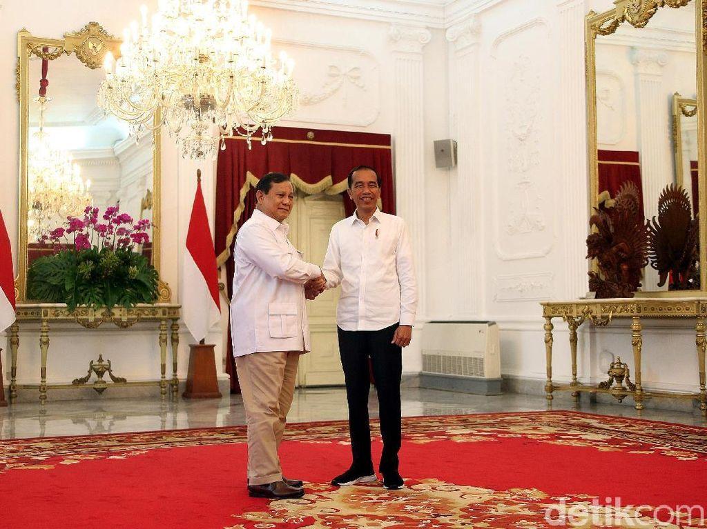 Surya Paloh Sambut Positif Pertemuan Jokowi-Prabowo