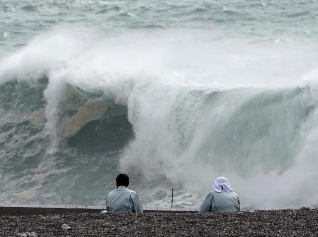Update Topan Super Jepang, Hujan Lebat di Sejumlah Wilayah