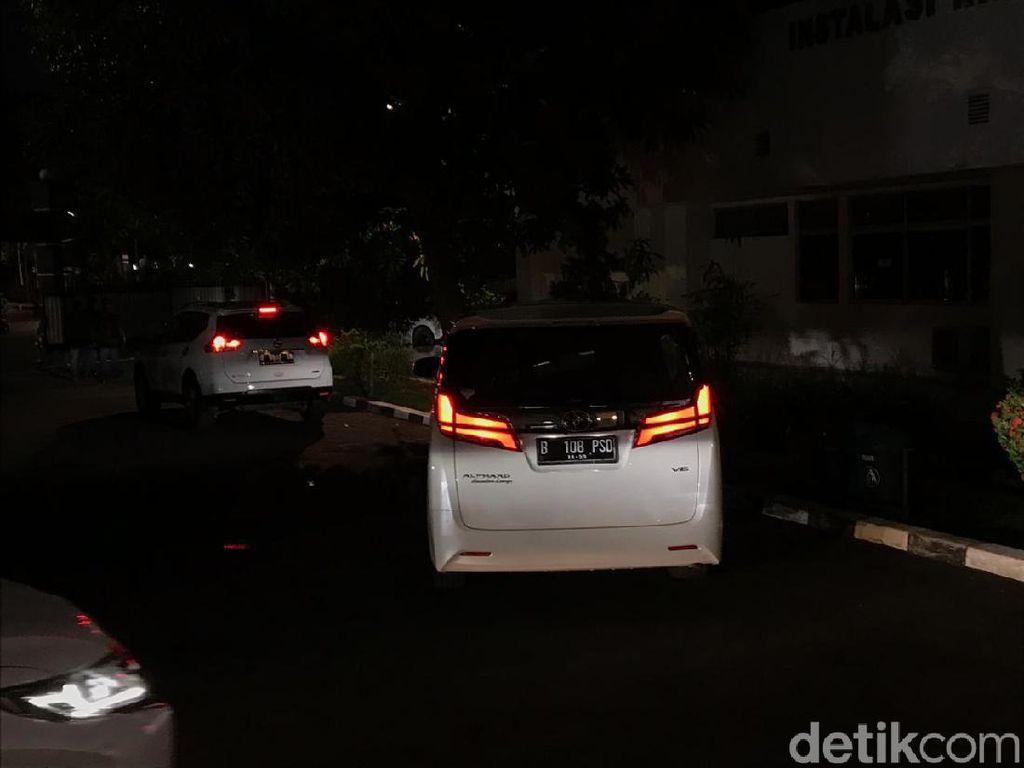 Prabowo Jenguk Wiranto di RSPAD Gatot Soebroto