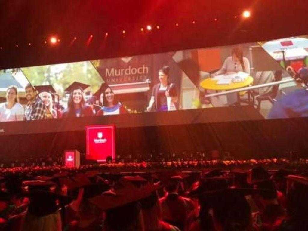 Dosen Australia yang Bongkar Skandal Bahasa Inggris Mahasiswa Asing Digugat