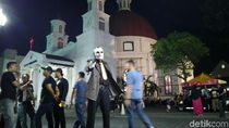 Wow! Ada Joker di Car Free Night Semarang