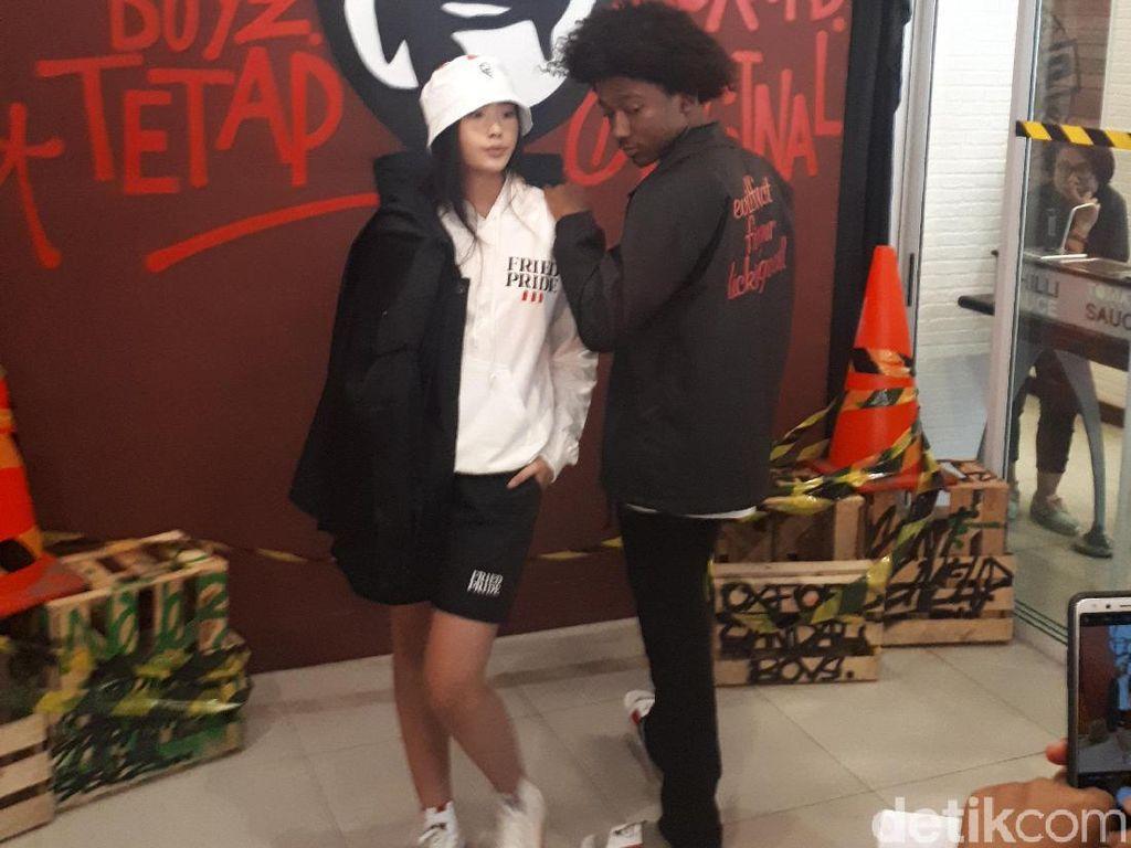 Sneakers KFC Karya Brand Lokal Indonesia Dilelang Mulai Rp 2 Jutaan