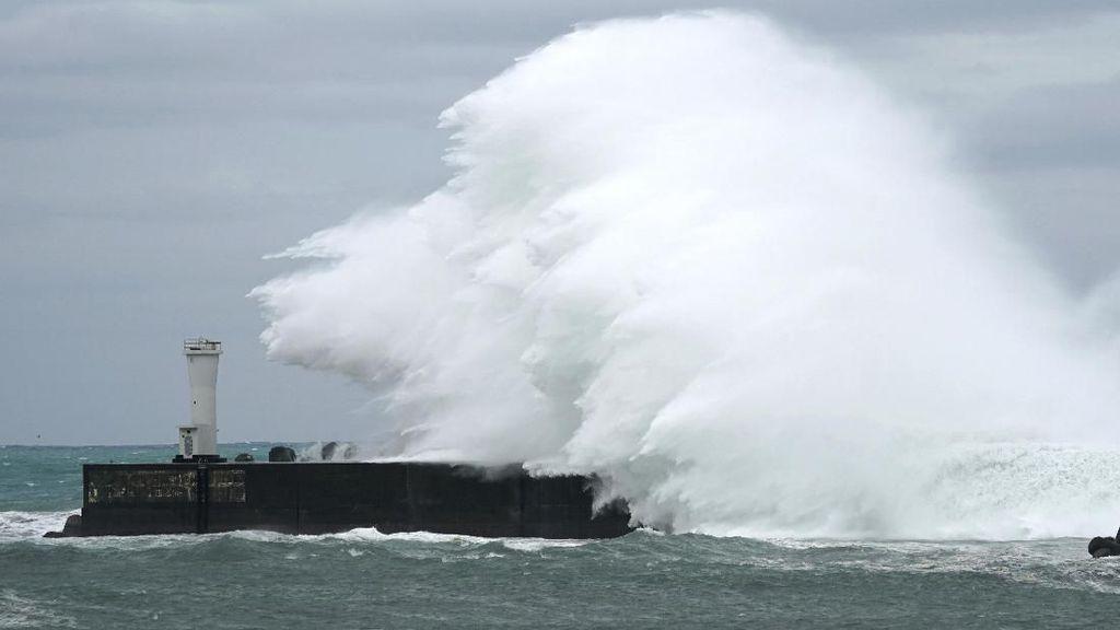 Jepang Terancam Diterjang Topan Ganas Hagibis