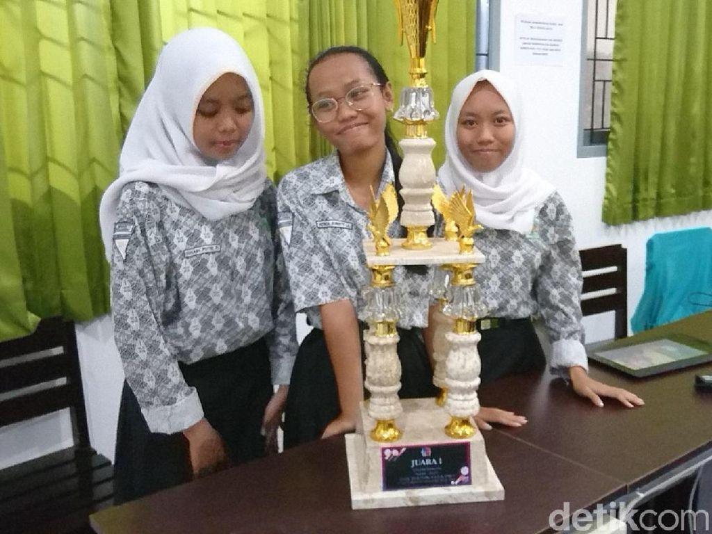 Tiga Siswi SMK di Tulungagung Juarai Kompetisi Animasi Nasional