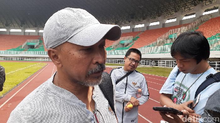 Fakhri Husainni menilai fisik Timnas Indonesia U-19 sudah prima usai beruji coba dengan Tira Persikabo. (Foto: Adhi Indra Prasetya/Detikcom)
