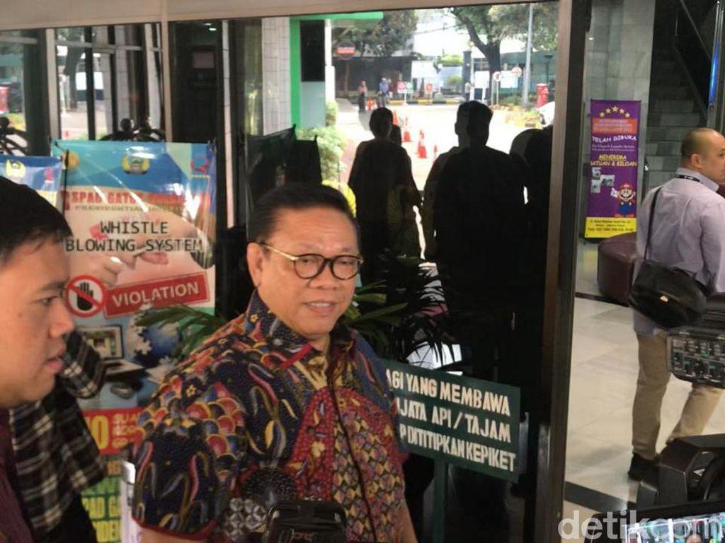 Agung Laksono: Operasi Wiranto Tunjukkan Tanda-tanda Sukses