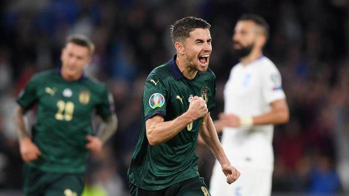 Italia menang 2-0 atas Yunani dan lolos ke Piala Eropa 2020. (Foto: Alberto Lingria/REUTERS)