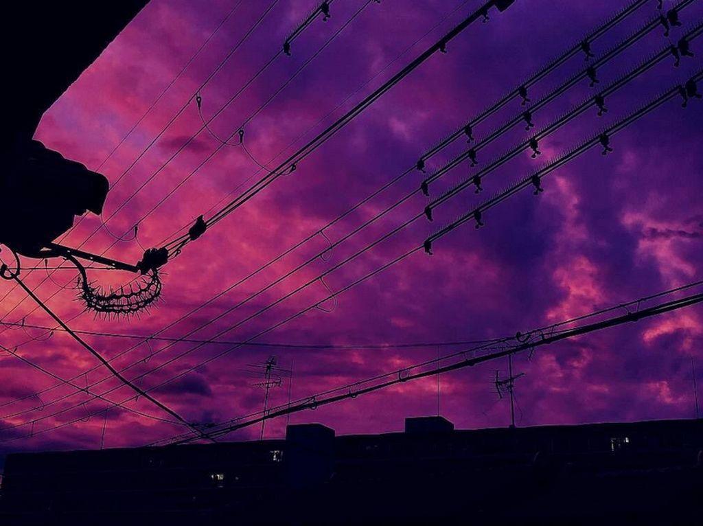Foto: Langit Pink Jepang Sebelum Topan Super Datang