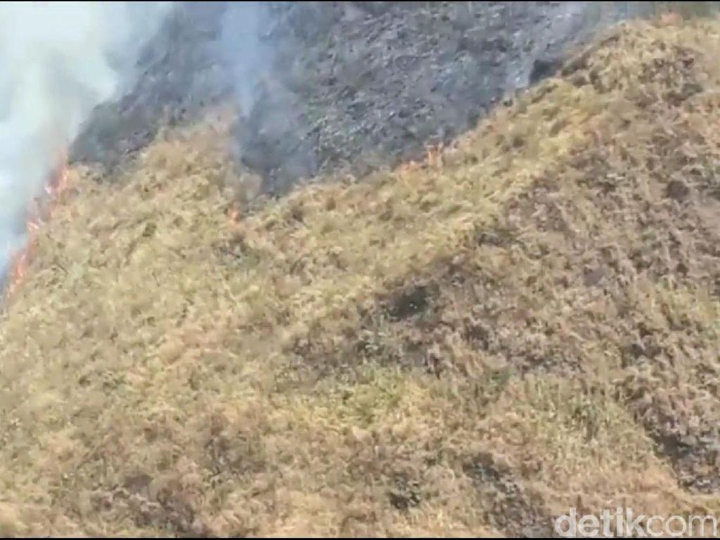 Relawan Pemadam Kebakaran Gunung Ringgit Berharap Adanya Water Bombing