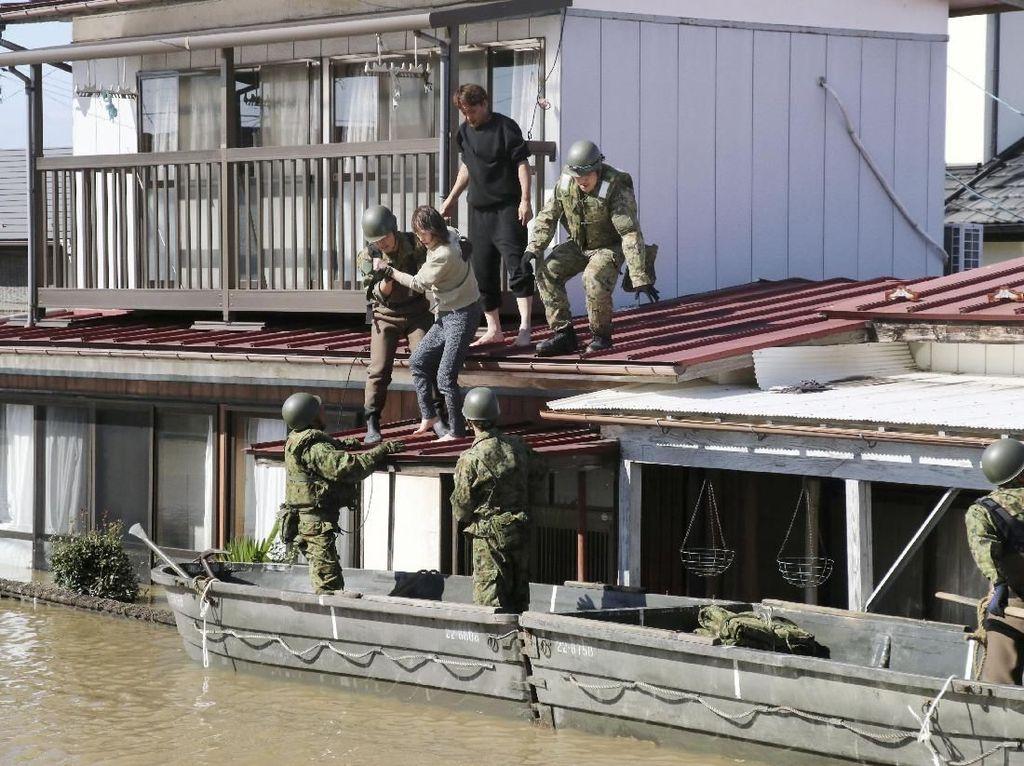 Korban Tewas Topan Hagibis Jepang Bertambah Jadi 18 Orang