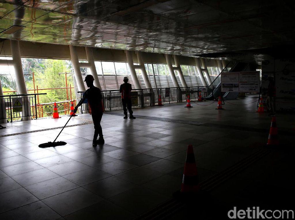 Melihat Lebih Dekat Stasiun LRT Harjamukti di Cibubur