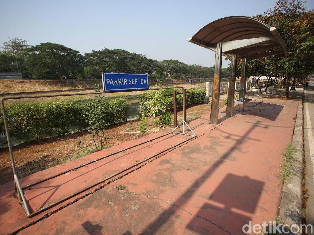 Jalur Sepeda yang Terlupakan di Kanal Banjir Timur Jakarta (1)