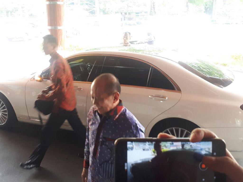 Syarief Hasan Sebut Wiranto Akan Dipindah ke Ruang Perawatan Setelah 1 Minggu