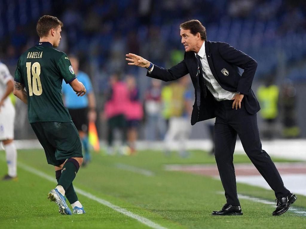 Mancini Hadirkan Ketenangan dan Kegembiraan di Skuat Italia