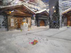 Brrr... Seru-seruan Main Salju di Trans Studio Cibubur