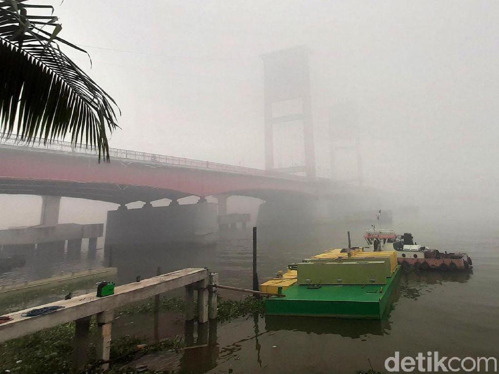 Diselimuti Kabut Asap, Udara Palembang Berstatus Tidak Sehat