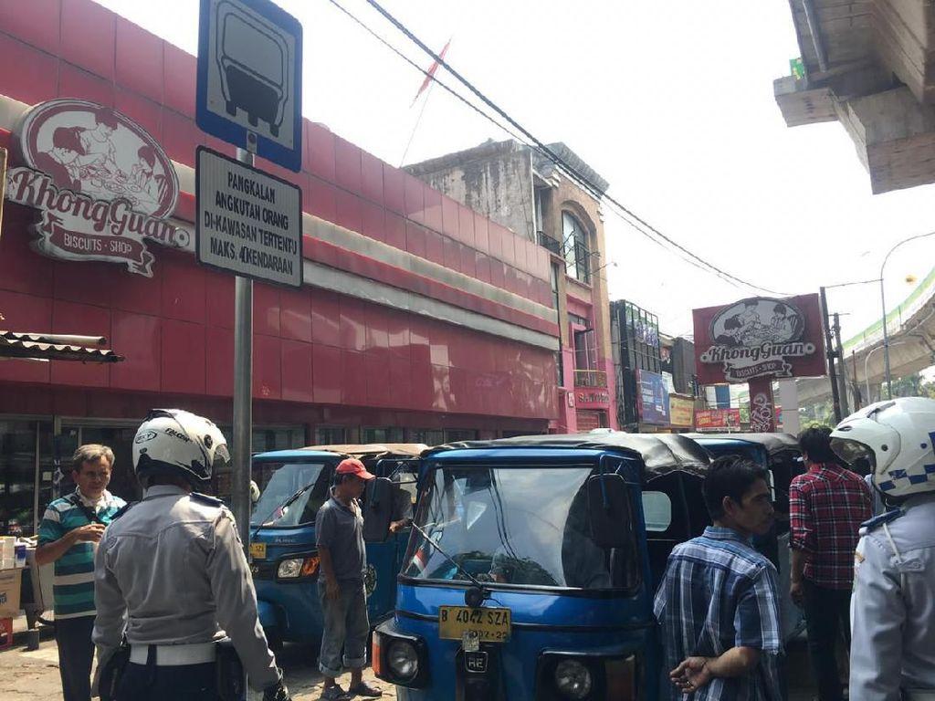 Di Pasar Mayestik, Bajaj Boleh Mangkal Maksimal 4 Kendaraan
