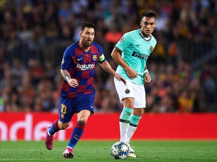Barcelona dikabarkan siap menebus klausul penjualan Lautaro Martinez (Alex Caparros/Getty Images)