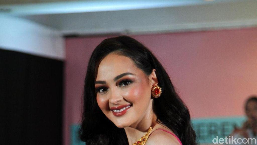 Bocoran Gaya Jolene Marie yang Akan Wakili Indonesia di Miss International