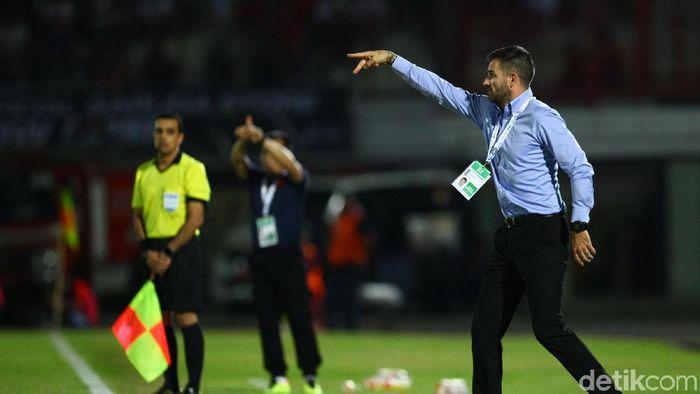 Simon McMenemy cuek saja dengan desakan untuk mundur dari kursi pelatih Timnas Indonesia (Rifkianto Nugroho/detikSport)