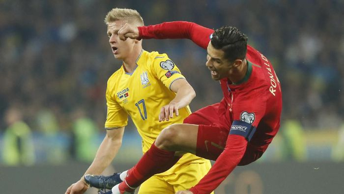 Portugal tumbang 1-2 di kandang Ukraina (AP Photo/Efrem Lukatsky)