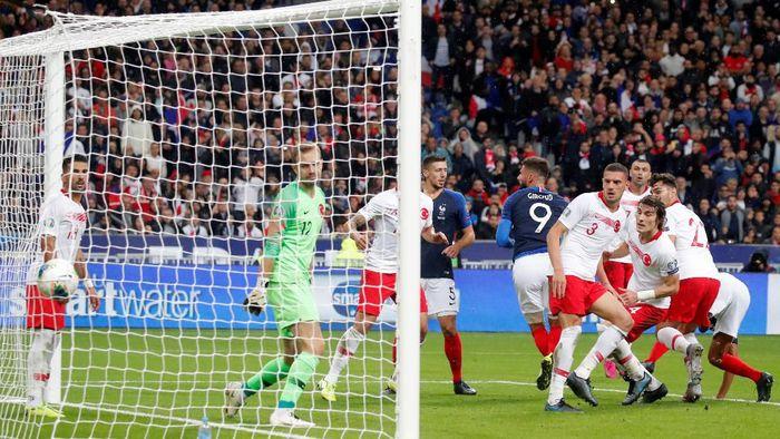 Prancis ditahan 1-1 oleh Turki di laga Kualifikasi Piala Eropa 2020 (Foto: REUTERS/Charles Platiau)