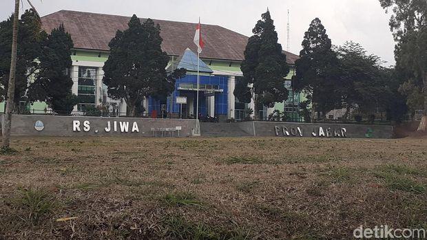 Tiap bulan, RS Jiwa di Jawa Barat menangani belasan anak dan remaja yang kecanduan ponsel.