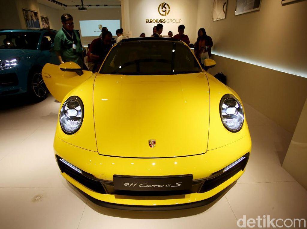 Lebih Dekat dengan Porsche 911 Generasi Kedelapan