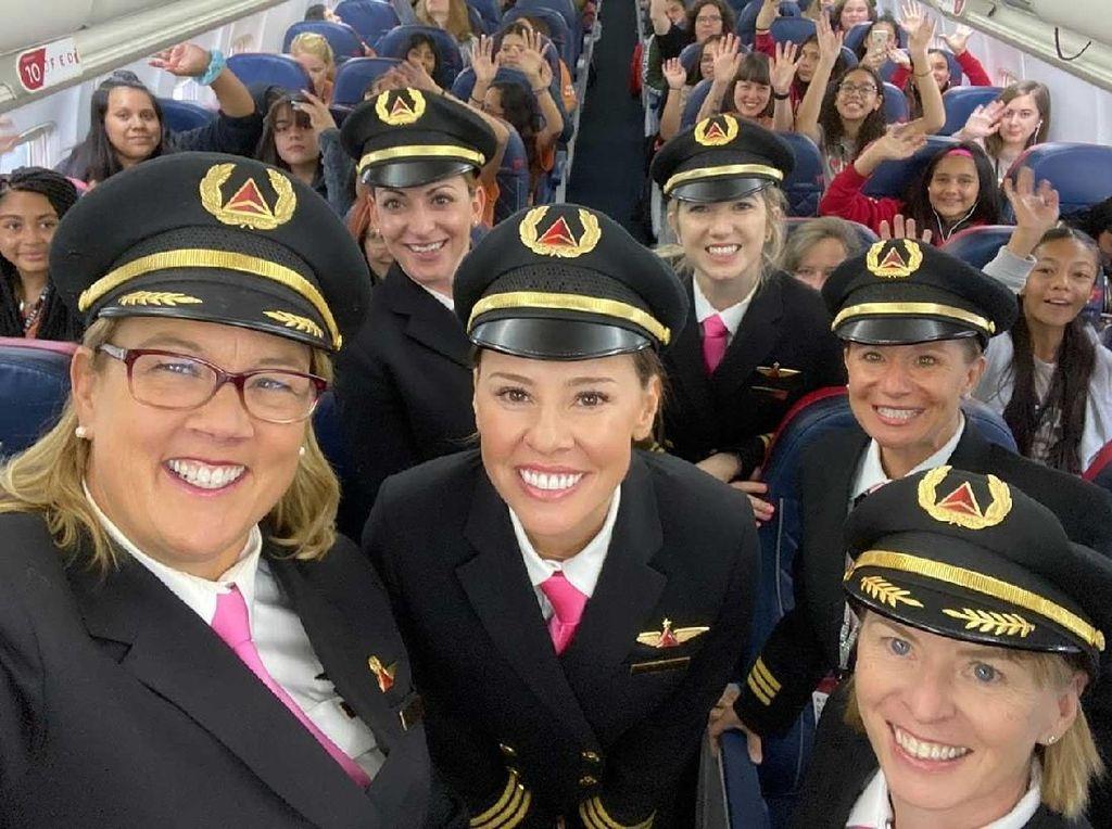 Terbangkan 120 Remaja Putri, Penerbangan Ini Tak Libatkan Pria
