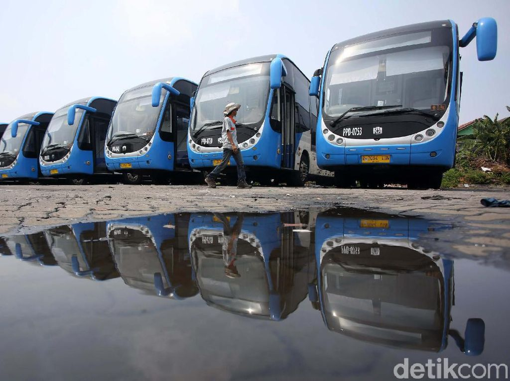 Bus Zhongtong Kembali Jadi Armada TransJakarta
