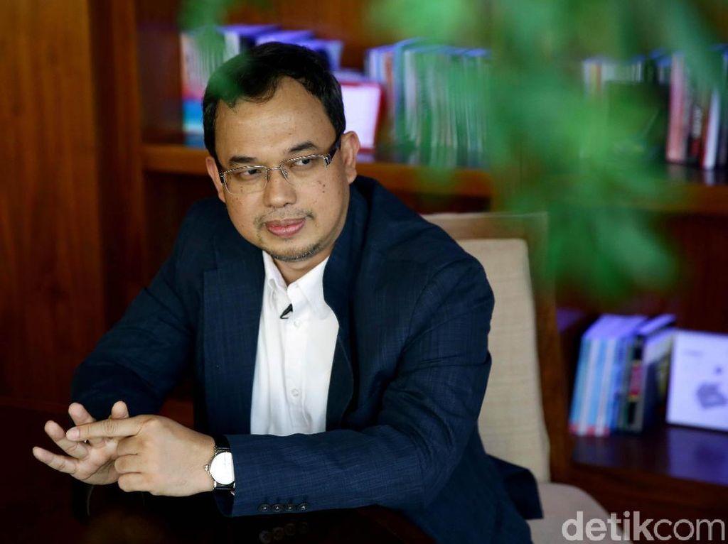 Tuding Iwan Bule Nego Kartel untuk Duduki Ketum PSSI, Vijaya Dipolisikan