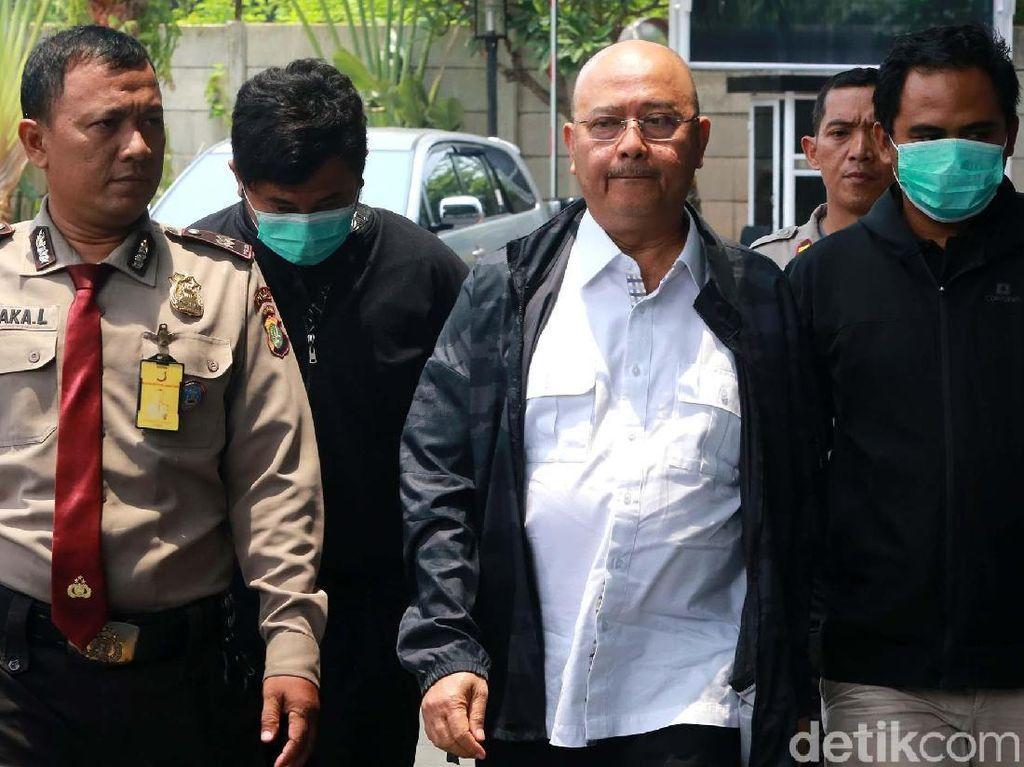 Wali Kota Medan Diciduk, Tim KPK Nyaris Kena Seruduk
