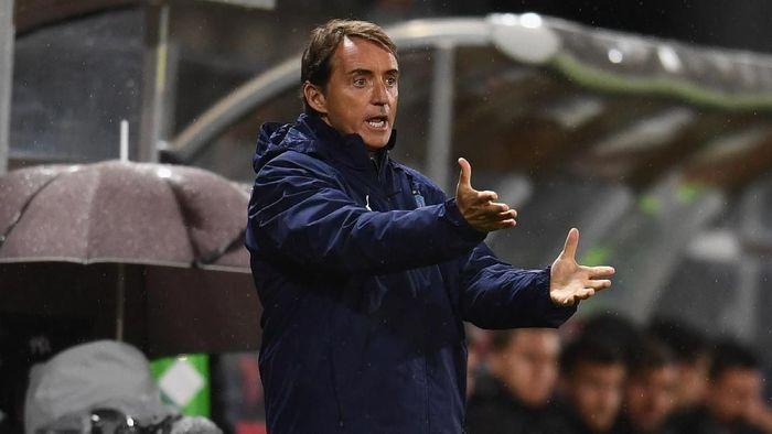 Roberto Mancini mencatat sembilan kemenangan beruntun bersama timnas Italia (Foto: Claudio Villa/Getty Images)