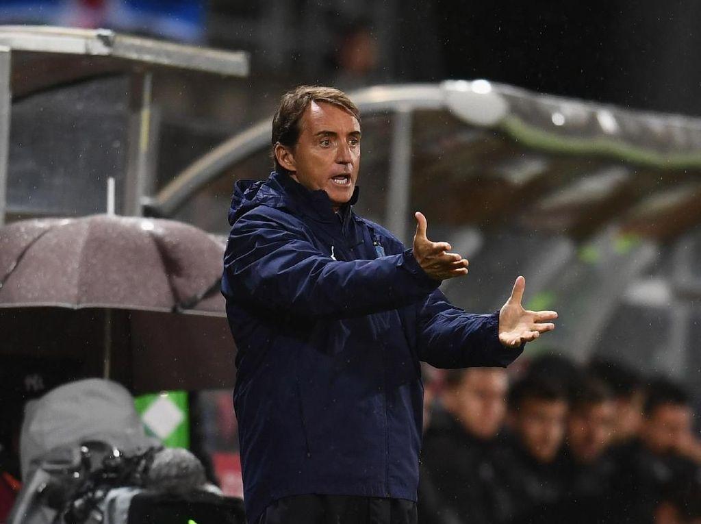 Italia Menang 9 Laga Beruntun, Mancini Bikin Torehan Spesial