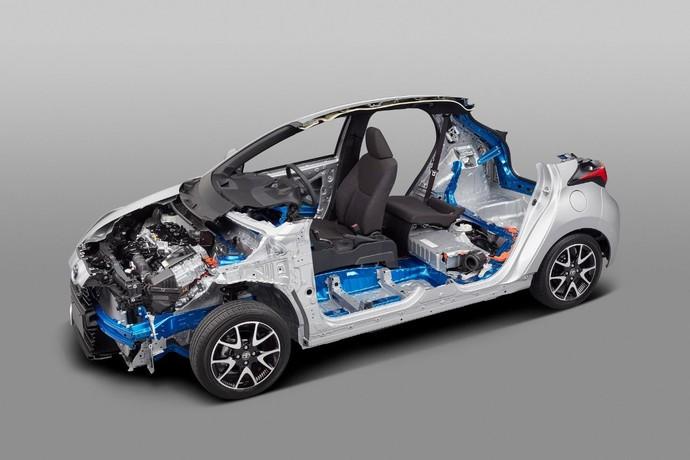 Wajah Baru Toyota Yaris Bikin Pangling