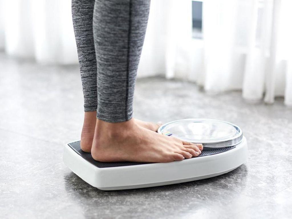 Diet Rendah Karbohidrat Bikin Gampang Dehidrasi? Ini Kata Dokter